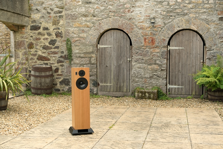 Chartwell LS6f floorstanding loudspeaker