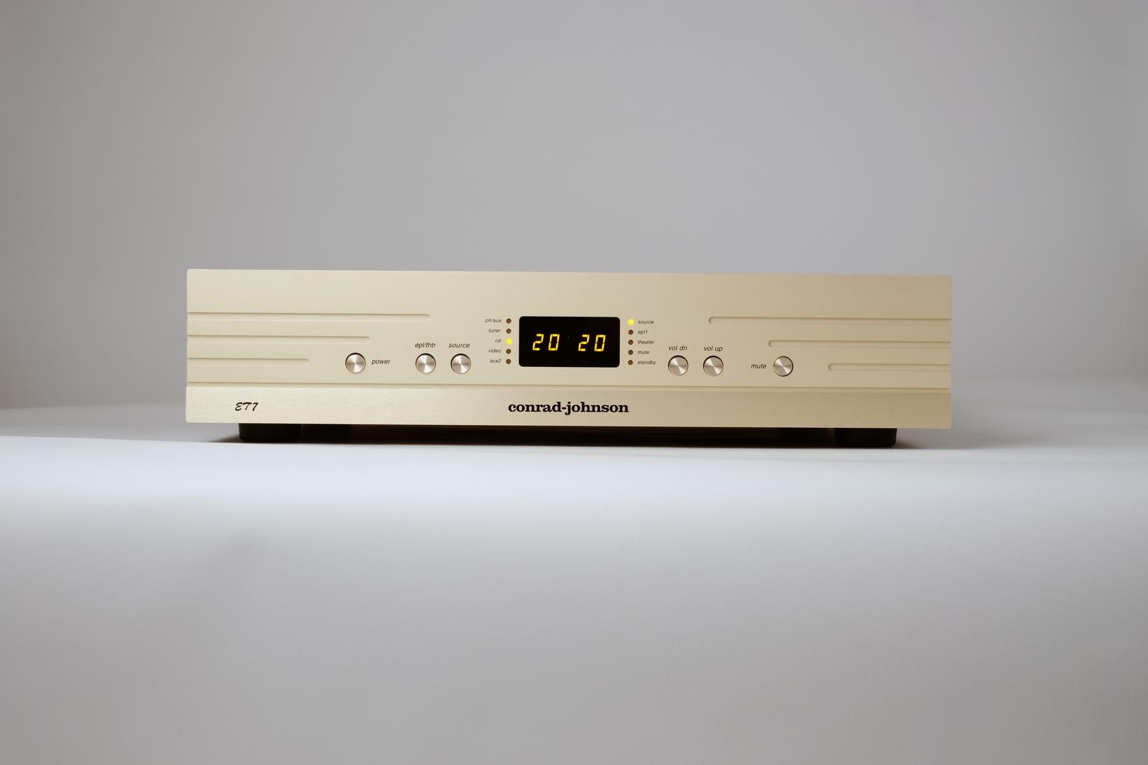 conrad-johnson ET7-S2 line preamplifier